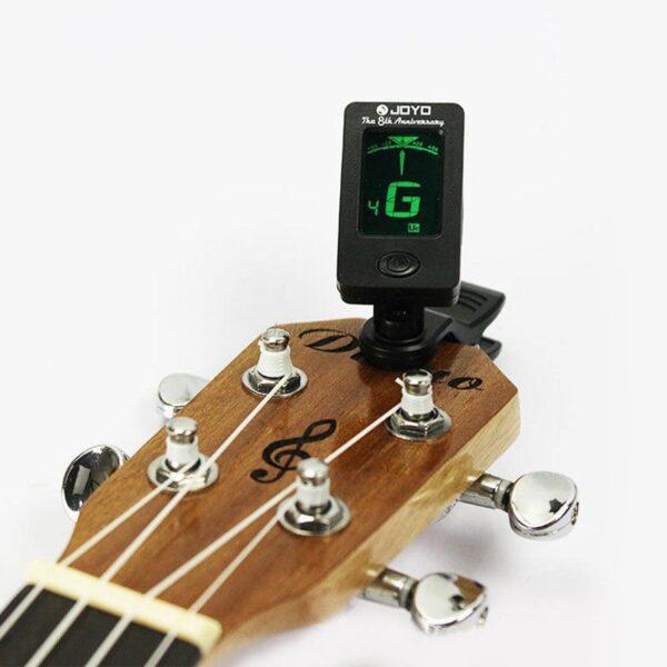 Štimer za gitaru + baterija